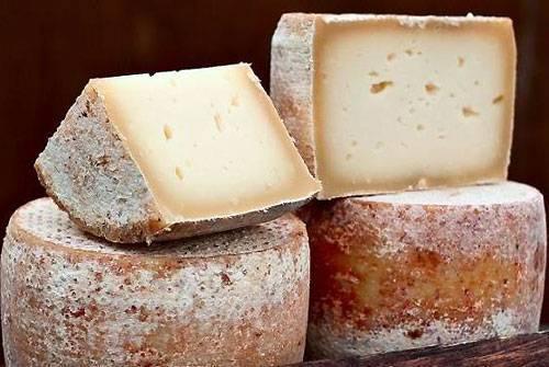 Сыр пекорино италия