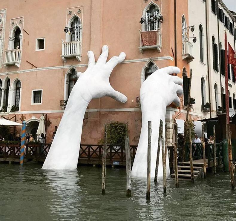 Венецианской биеннале